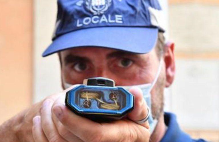 La Polizia Locale di Genova testa il Bolawrap